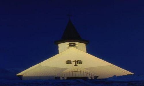 Zdjęcie NORWEGIA / FINNMARK / BERLEVAG / KOŚCIÓŁ W BERLEVAG