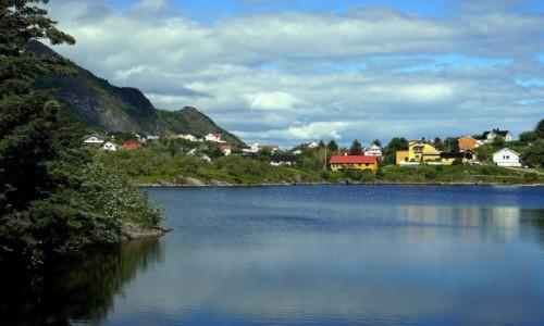 Zdjęcie NORWEGIA / Lofoty / Wyspa Moskenesoya / Tind