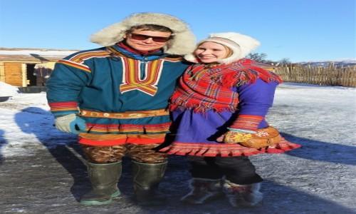 NORWEGIA / Troms / Tønsvik  / Właściciele stadka reniferów