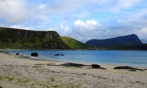 Zdjecie NORWEGIA / Lofoty / Haukland beach / Na plaży