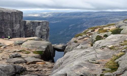 NORWEGIA / Rogaland / Kjeragbolten / Kjeragbolten