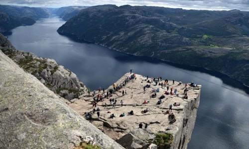 NORWEGIA / Rogaland / Preikestolen / Preikestolen