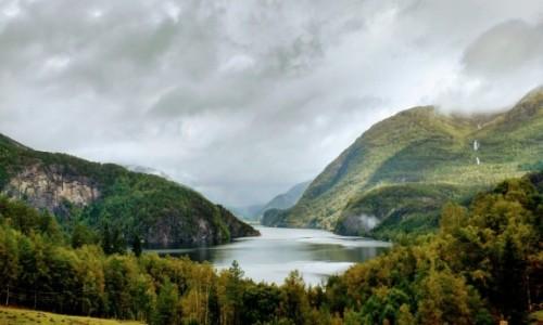 Zdjecie NORWEGIA / Hordaland / Stamnes / Jesień już i tu dotarła