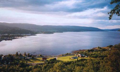 Zdjecie NORWEGIA / Kyrksaeterora / Kyrksaeterora / fjordy Norwegii