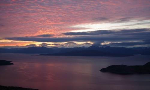 Zdjęcie NORWEGIA / Okolice Oksfjordhamn / Gildetun / Północ na zegarze