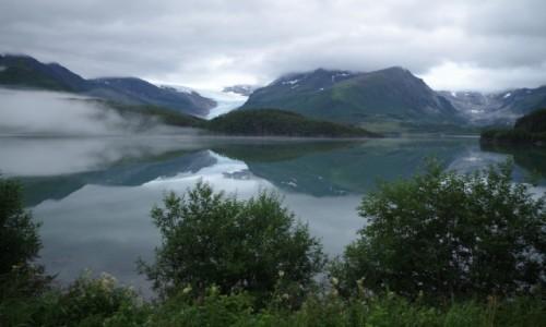 Zdjecie NORWEGIA / Norwegia Północna / Halsa - Svartisen / Kapryśna norweska pogoda
