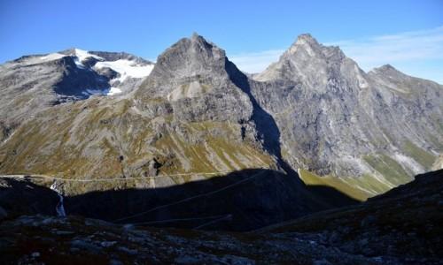 Zdjecie NORWEGIA / More og Romsdal / Trollstigen / Bispen i Kongen