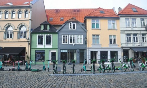 Zdjecie NORWEGIA / Vestland / Bergen / Kamieniczki w Bergen