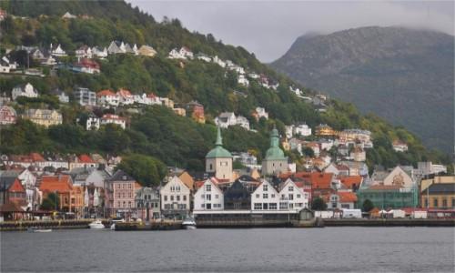 Zdjecie NORWEGIA / Vestland / Bergen / Pochmurne, deszczowe Bergen