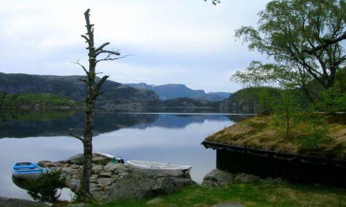 Zdjęcie NORWEGIA / brak / Okolice Stavanger / Spiace jezioro