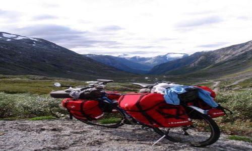 Zdjęcie NORWEGIA / Góry Skandynawskie / Rallarvagen / U wrót doliny