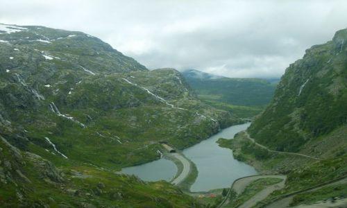Zdjecie NORWEGIA / południe Norwegii / między Roldal a Oddą / Serpentyna