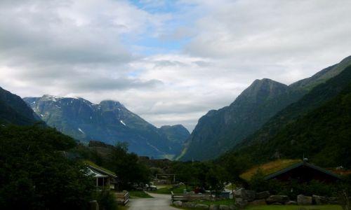Zdjecie NORWEGIA / okolice Briksdalsbreen / brak / Camping
