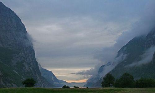 Zdjecie NORWEGIA / brak / Lysefjord / Świt