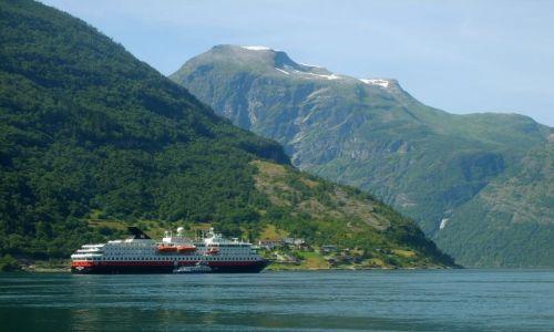 Zdjecie NORWEGIA / Geirangerfjord / Geiranger / Hurtigruten