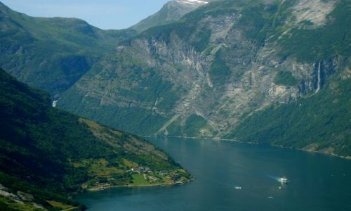 Zdjecie NORWEGIA / Geirangerfjord / Geiranger / Kraina fiordów