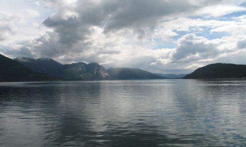 Zdjecie NORWEGIA / Jondal / Hardangerfiorden / Hardangerfiorde