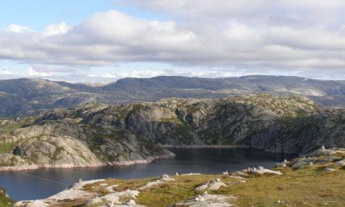 Zdjecie NORWEGIA / Po�udniowe wybrze�e / Okolice Lysefjorden / W drodze na fjo