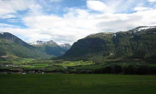 Zdjecie NORWEGIA / brak / gdzies w górach / widok