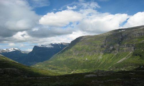 Zdjecie NORWEGIA / brak / gdzies w górach / widok 1