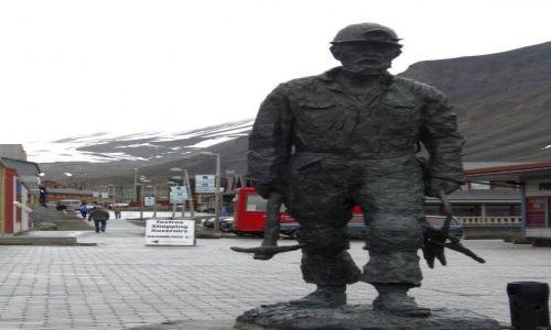 NORWEGIA / Svalbard / Longyearbyen / centrum Longyearbyen