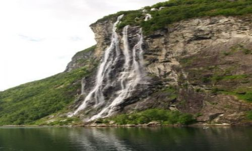 NORWEGIA / brak / Geiranger / Wodospad Siedmiu Sióstr