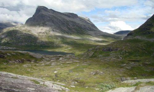 Zdjęcie NORWEGIA / More og Romsdal / Drabina Trolli / surowe piękno