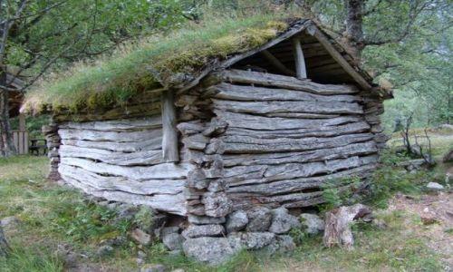 Zdjecie NORWEGIA / Sogn og Fjordane / Jostedalsbreen National Park / chatka