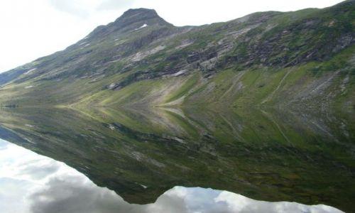 Zdjecie NORWEGIA / More og Romsdal / More og Romsdal / lusterko