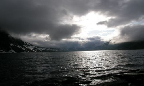 Zdjecie NORWEGIA / Koło Alesund / Koło Alesund / Jezioro na 1002mnpm