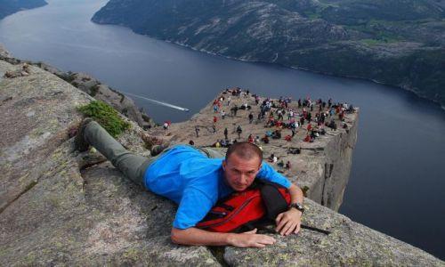 Zdjecie NORWEGIA / brak / Ok. Bergen / Preikestolen - blok skalny w południowej Norwegii