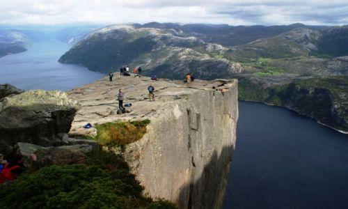 NORWEGIA / Stavanger / Preikestolen  / Preikestolen