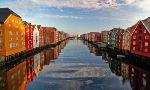 Zdjecie NORWEGIA / brak / Trondheim / kolory Norwegii