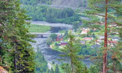 NORWEGIA / Telemark / Telemark / wioska nad fjordem