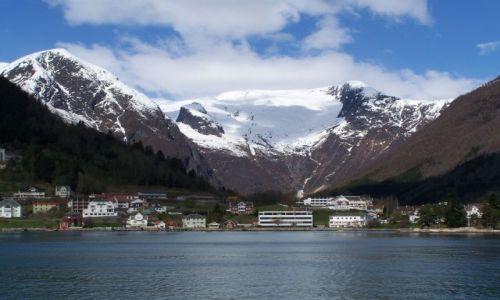 Zdjecie NORWEGIA / Hordaland / Sognefjord / Sognefjord