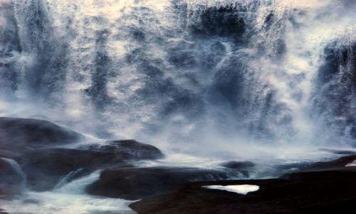 Zdjecie NORWEGIA / Kinsarvik / Norwegia / wodospad