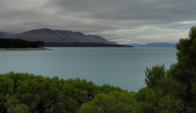 Zdj�cia: wyspa polodniowa, jeziorko, NOWA ZELANDIA
