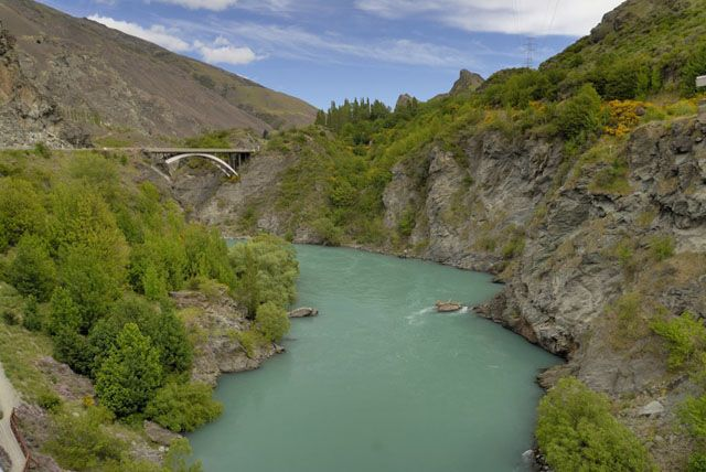 Zdj�cia: wyspa polodniowa, turkusowa rzeka, NOWA ZELANDIA