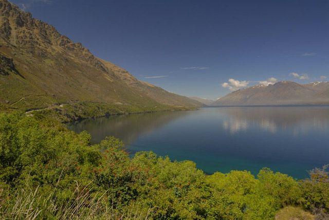 Zdj�cia: wyspa polodniowa, jeziorko posrod gor, NOWA ZELANDIA