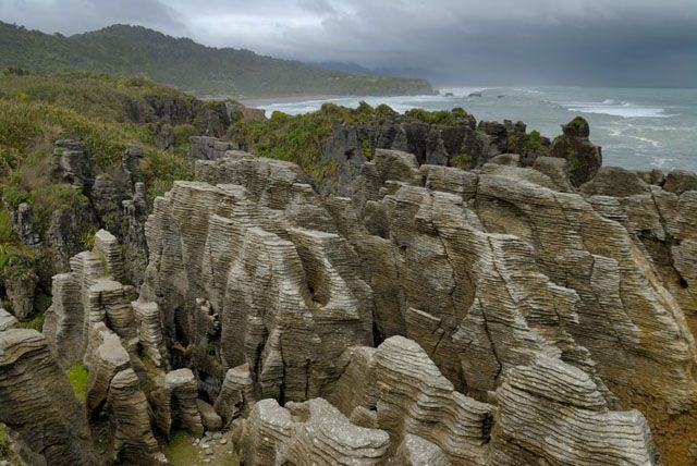 Zdjęcia: wyspa polodniowa, skaly nalesnikowe, NOWA ZELANDIA
