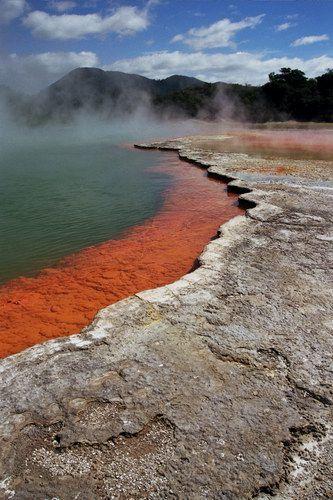 Zdjęcia: Wai-O-Tapu, Wyspa Północna, Wai-O-Tapu - niezwykły park zjawisk wulkanicznych, NOWA ZELANDIA