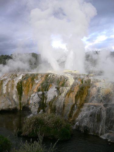 Zdjęcia: Rotorua, Wyspa Polnocna, Gejzer Pohutu, NOWA ZELANDIA