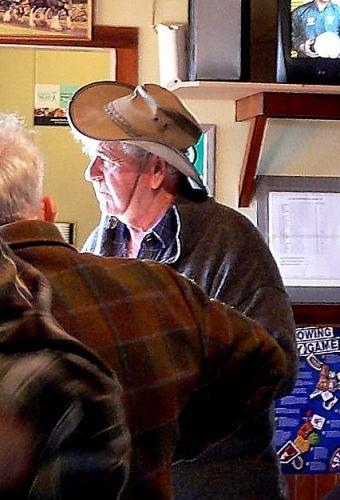 Zdj�cia: Nelson, Wyspa Poludniowa,  Farmerow rozmowy przy piwie, NOWA ZELANDIA