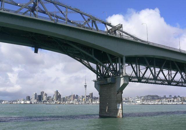 Zdjęcia: Auckland, Wyspa Polnocna, Most w Huraki Bay, NOWA ZELANDIA