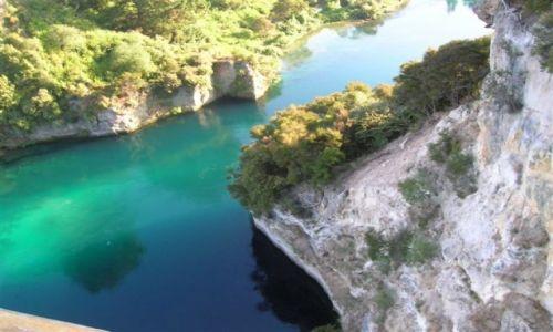 Zdjecie NOWA ZELANDIA / PN. wyspa / Lake Taupo-miasto / Turkusowe wody Waikato River