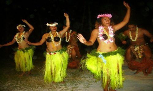 NOWA ZELANDIA / Wyspy Cooka / atol Aitutaki / gorące wieczory przy muzyce