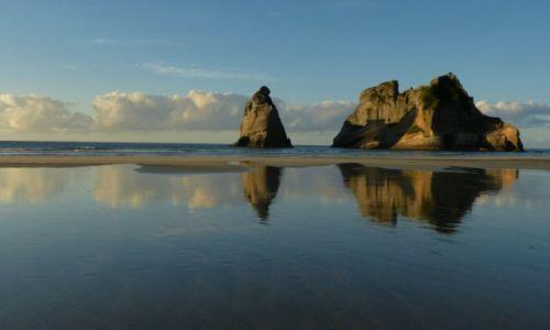 Zdjęcie NOWA ZELANDIA / Wyspa Poludniowa / Wharariki / Spokój na plazy