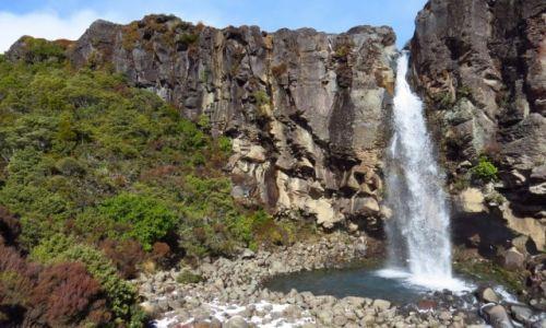 NOWA ZELANDIA / Wyspa Północna / Park Narodowy Tongariro / Wodospad