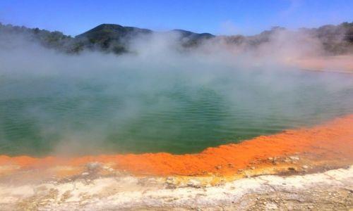 NOWA ZELANDIA / Rotorua / Champagne Pool / Gorace zrodla