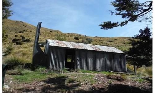 NOWA ZELANDIA / wyspa południowa / szlak / stara chata
